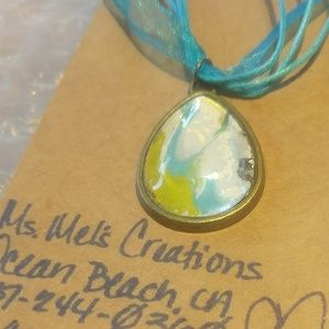 Jewelry - Tear Drop Pendant Necklace